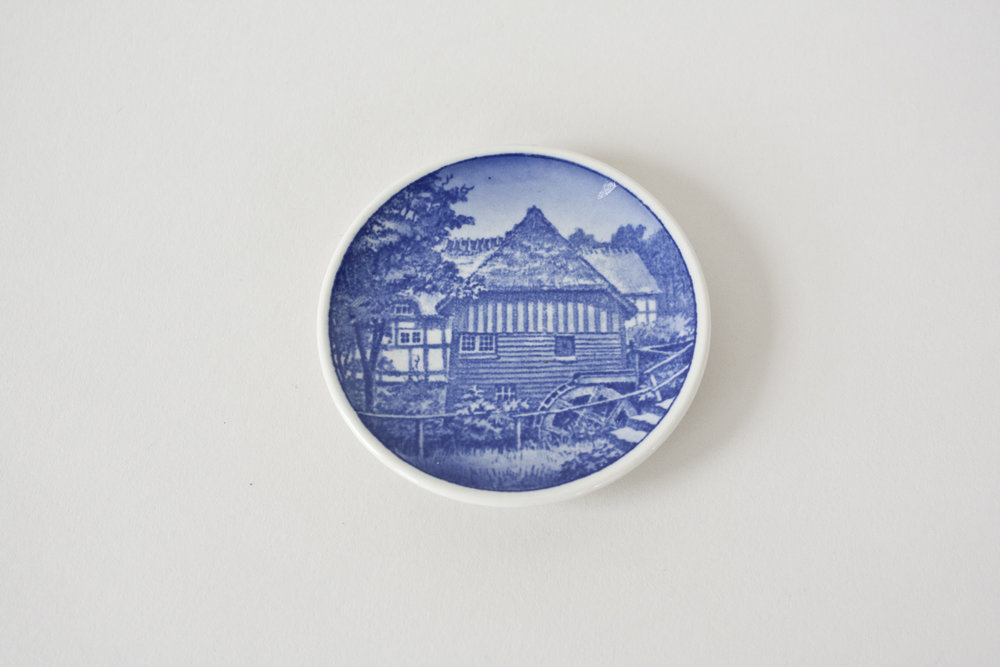 16-1. blue transfer ware mini plate