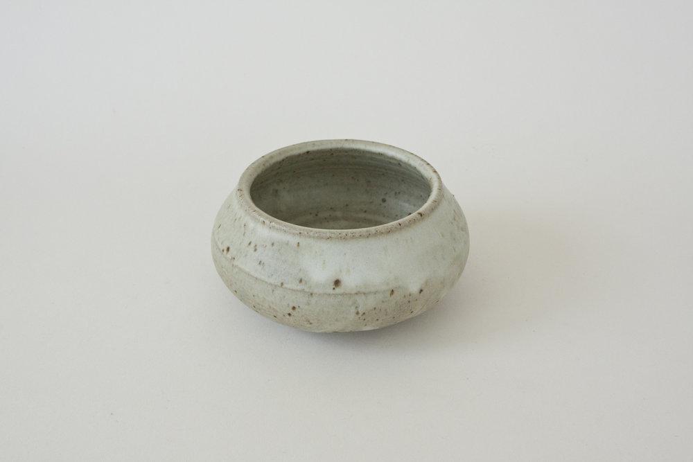 "263. pottery bowl | 4.5"" x 2.25"" | 6"