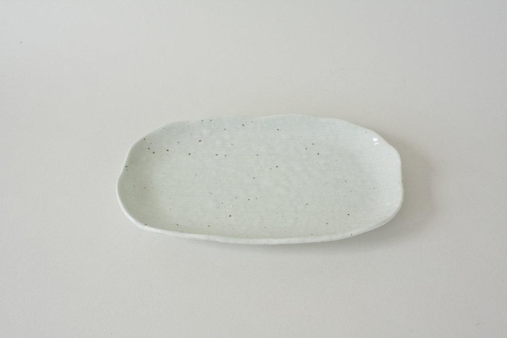 "61. japanese pottery platter | 9"" x 5"""