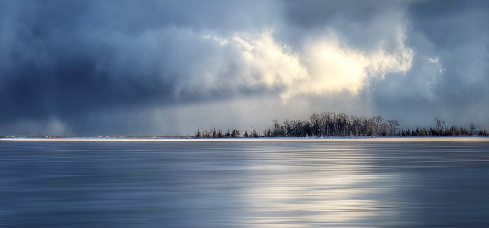 Elle Bruce -Dark Storm White Cloud on Georgian Bay - 20150102-9143.jpg
