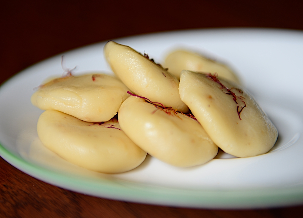 Almond Saffron Sweet