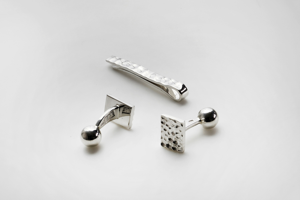 Tiecli and Cufflinks XARIEN