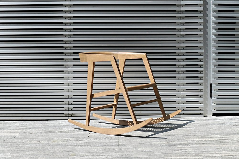 The Poltrona Rocking Chair  — THE CHAIR THAT ROCKS