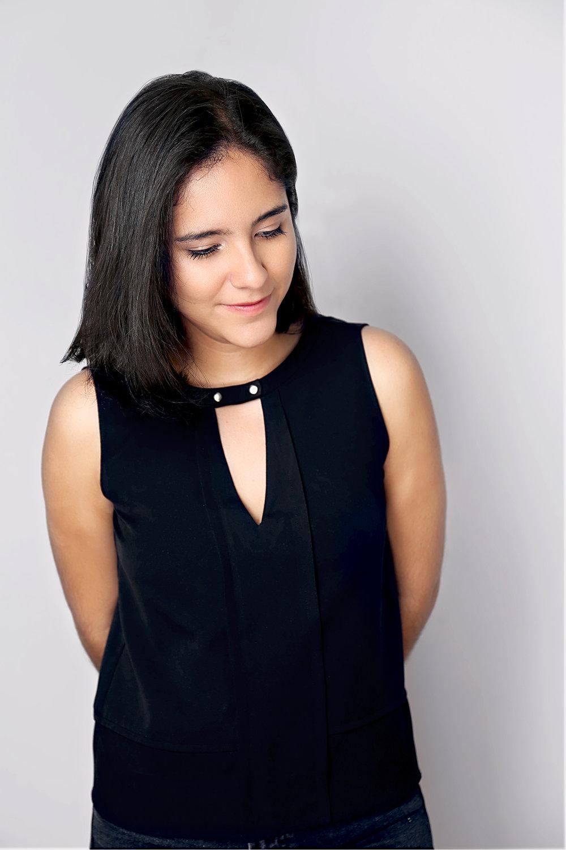 Mariana Loaiza /Designer
