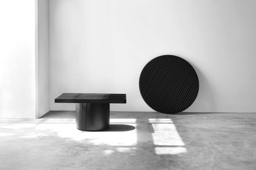 Movement Table and Mirror