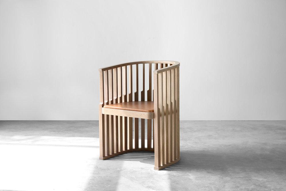 Chair — oak
