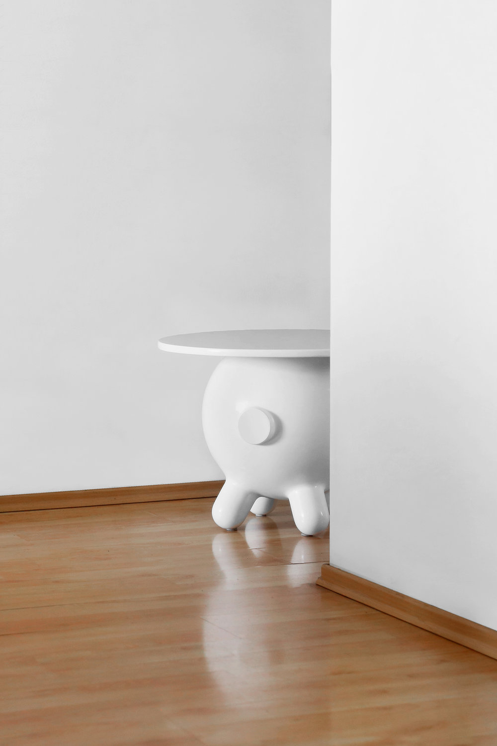 Pogo Table XL — Blanco — Amb 5.jpg