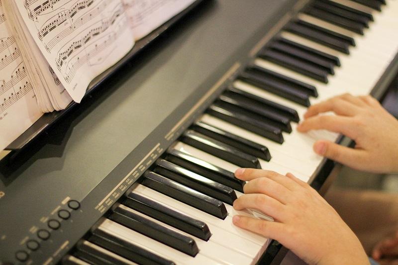 piano-800x533.jpg