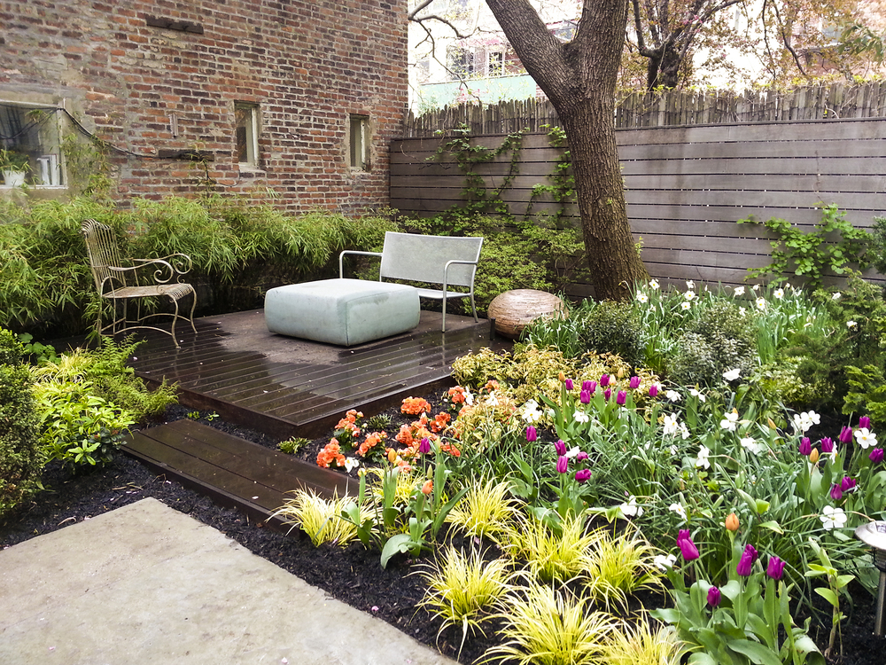 Residential rooftop gardens home decoration for Garden design brooklyn