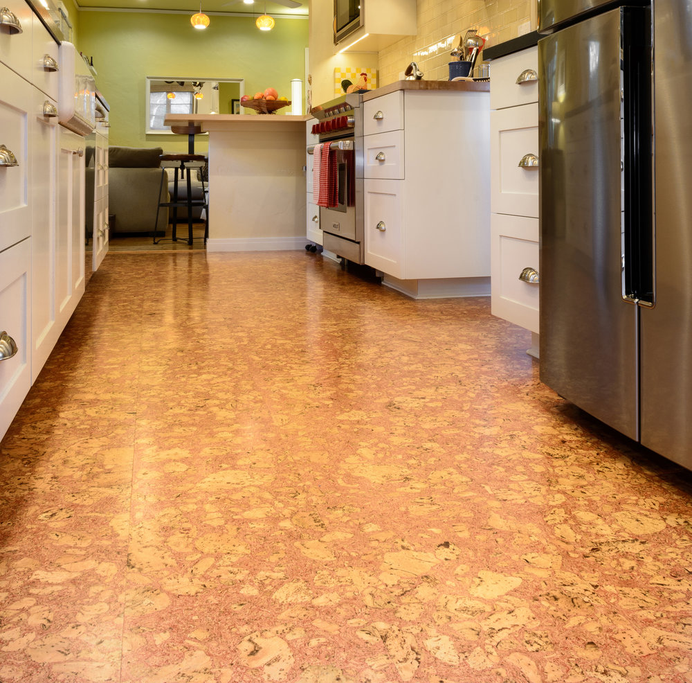"Cork kitchen flooring: ""green"" and environment friendly"