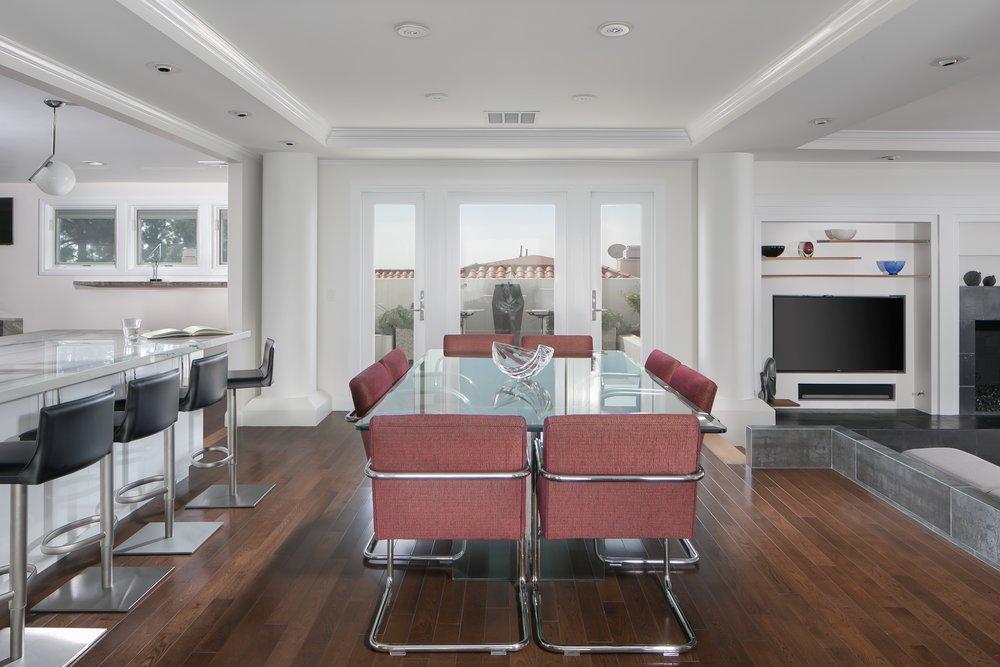 Post-Modern-Update-Dining-Room-Peninsula-Sculpture.jpg