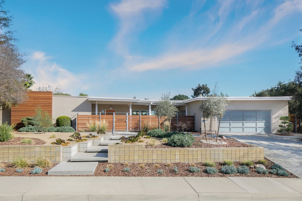 Mid-century modern home with a front yard xeriscape
