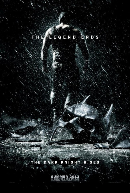 Phenomenal, although the edge on Bane's left side doesn't feel like it matches with his focus. A bit too cut-out.