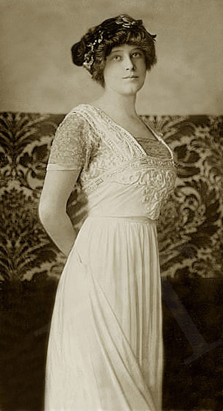 Madeline Astor Aged 19 was the maiden of the richest man on board.