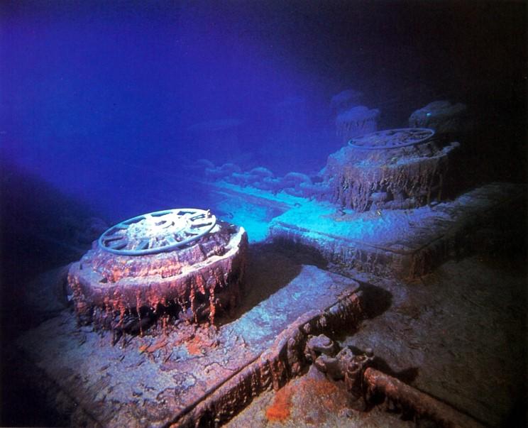 Titanic Wreck 15.jpg