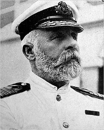 10418597-captain-edward-smith.jpg