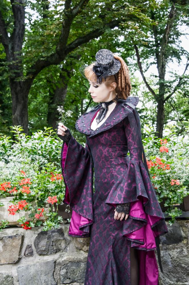 Victorian fashion-4.jpg