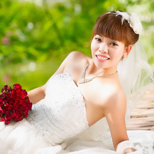 Bride at Hoan Kiem two