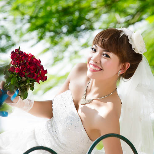 Bride at Hoan Kiem
