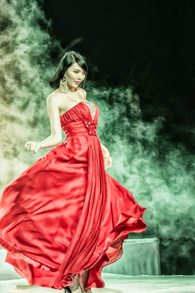 woman in red-1-2.jpg