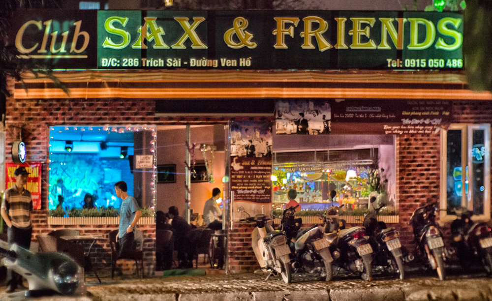 Sax and friends, 286 Trich Sai - Duong Ven Ho, Hanoi