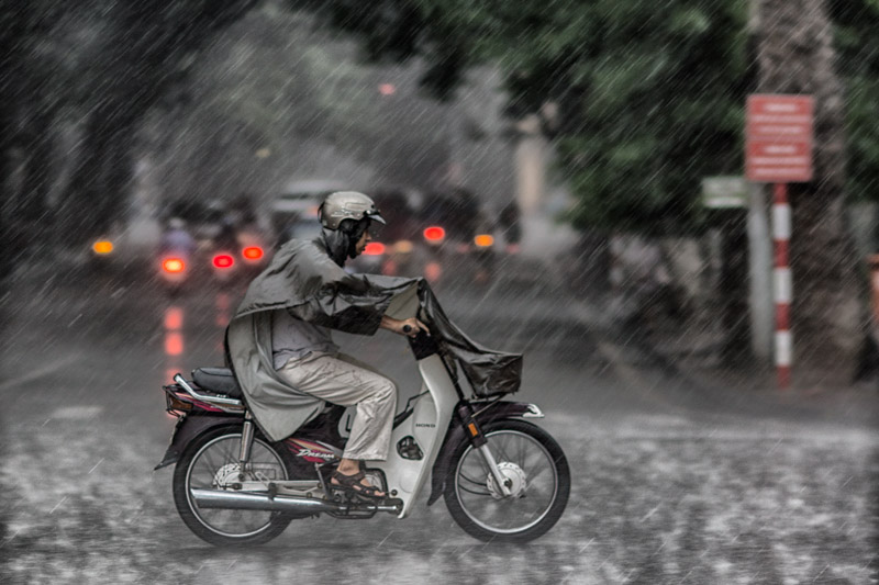 rain in Hanoi (1 of 1).jpg