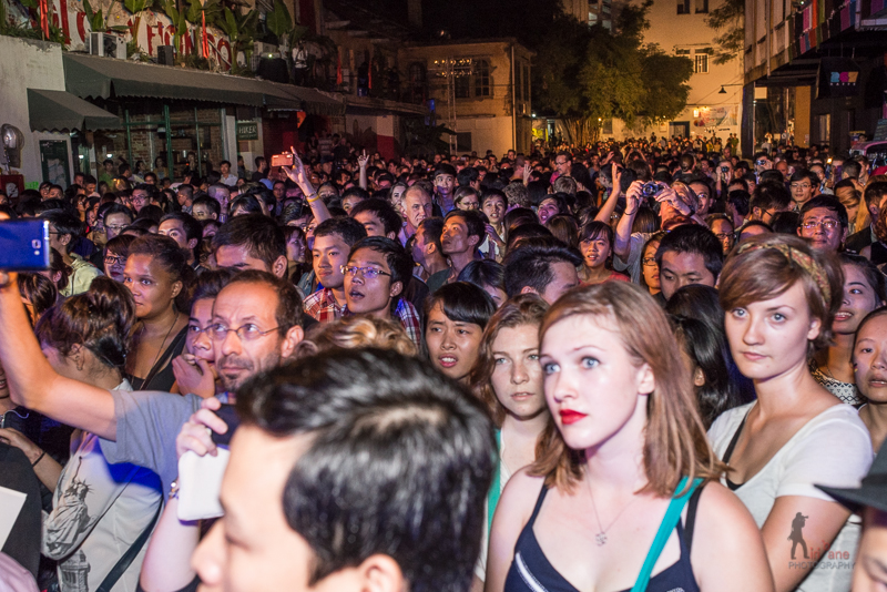 hundreds of people are rocking Hanoi