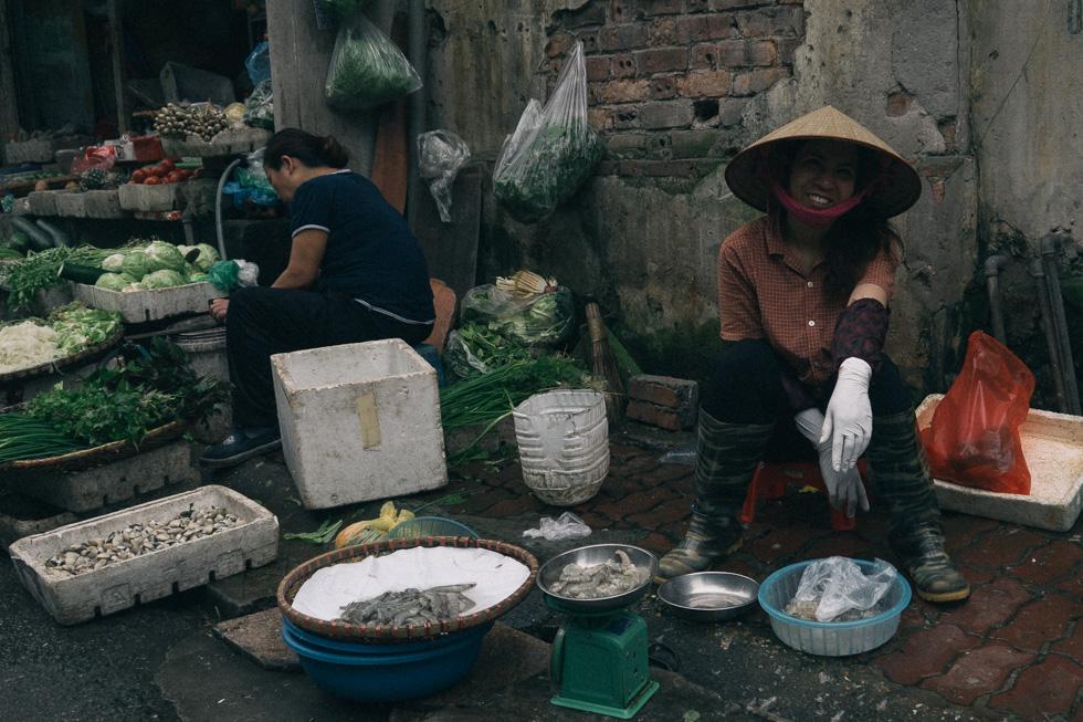 20140419_DSC1640-wet-market-food-Hanoi-travel-photography.jpg