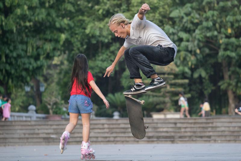 _DSC9643-Edit-skating-Hanoi-Vietnam-500mm.jpg