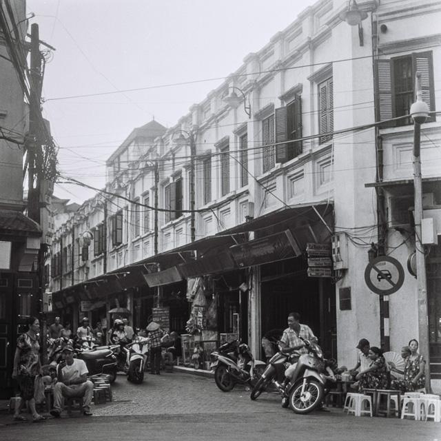 201408061738000005-Hasselblad_b-w_Hanoi-Lab.jpg