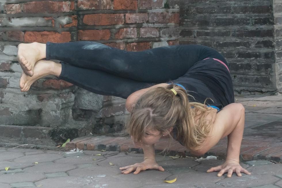 201409061152DSC07259-yoga_city_Hanoi.jpg