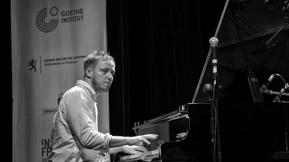 Martin Tingvall, piano