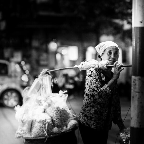 Street vendor in Hano