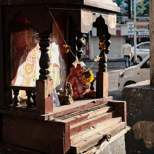 201701220908DSCF4584-Flaneur  -Mumbai - people - street Photography - streethype.jpg