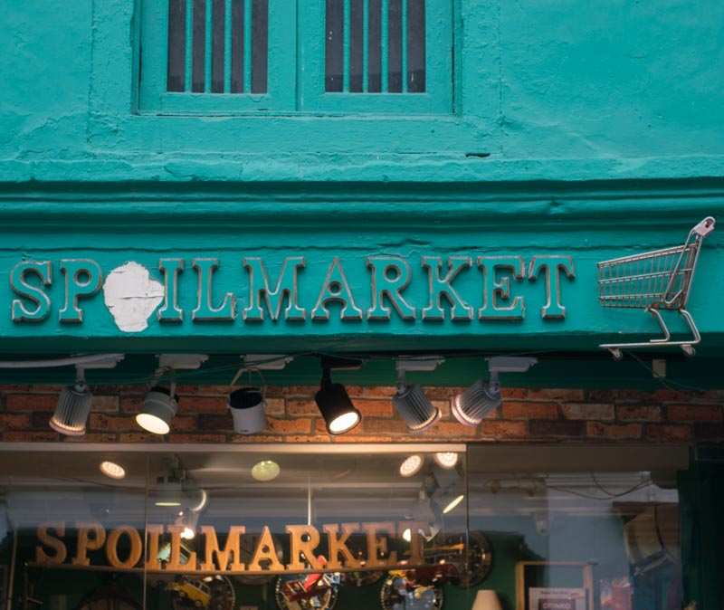 What a name and what a market. As soon as I saw it I was spoiled and if you go there you'll be spoiled as well with a lot of antique, some kitschy ware inside the shop.