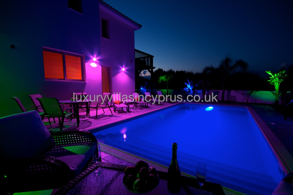 poolNightLights 4.jpg