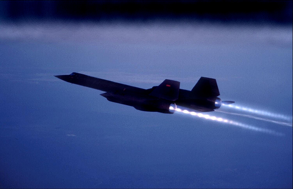 The SR-71 Blackbird…the fastest plane ever built. Obviously designed functionally (flying really, really high and really, superduper fast), at some point a designer/pilot/engineer must have said 'Wow. This thing just LOOKS fucking amazing.'   Very cool.