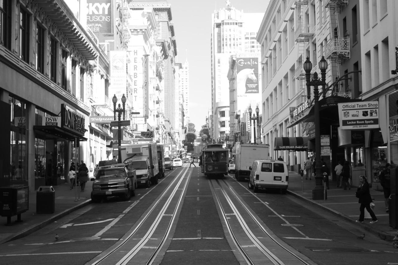 Trams, San Francisco. Shot by Moi, October 2010.