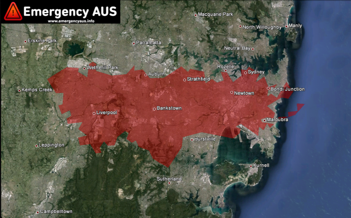 For perspective, here is the current Lithgow bushfire (red) placed on to a map of the city of Sydney.