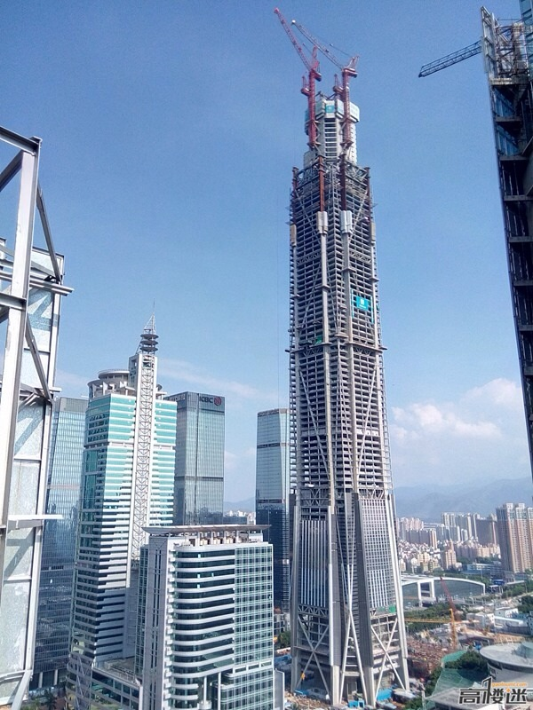 Looks like a video game. Pingan IFC construction, downtown Futian.