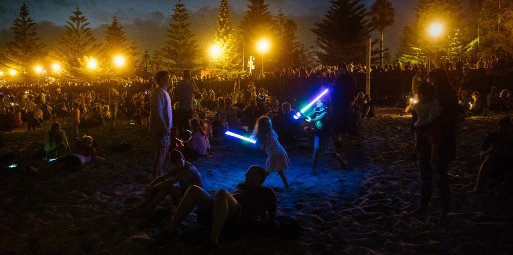 Light sabre dual before the Coogee family fire works.