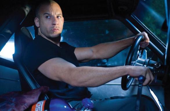 מרגיש ממש בתוך המכונית. מתוך הסרט.