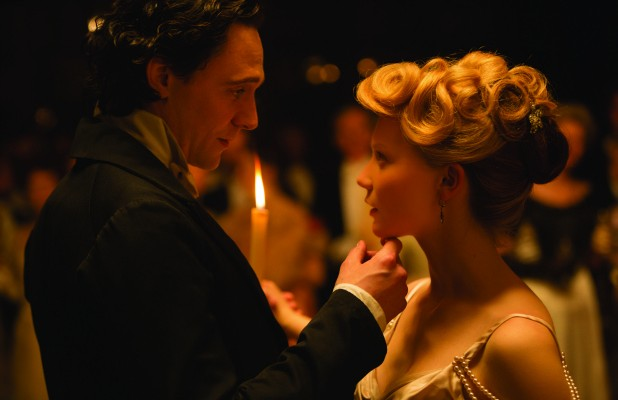 CrimsonPeak_Hiddleston_Wasikowska-618x400.jpg