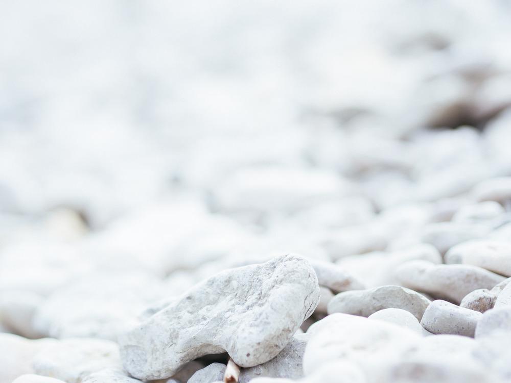 Limestone pebbles 1