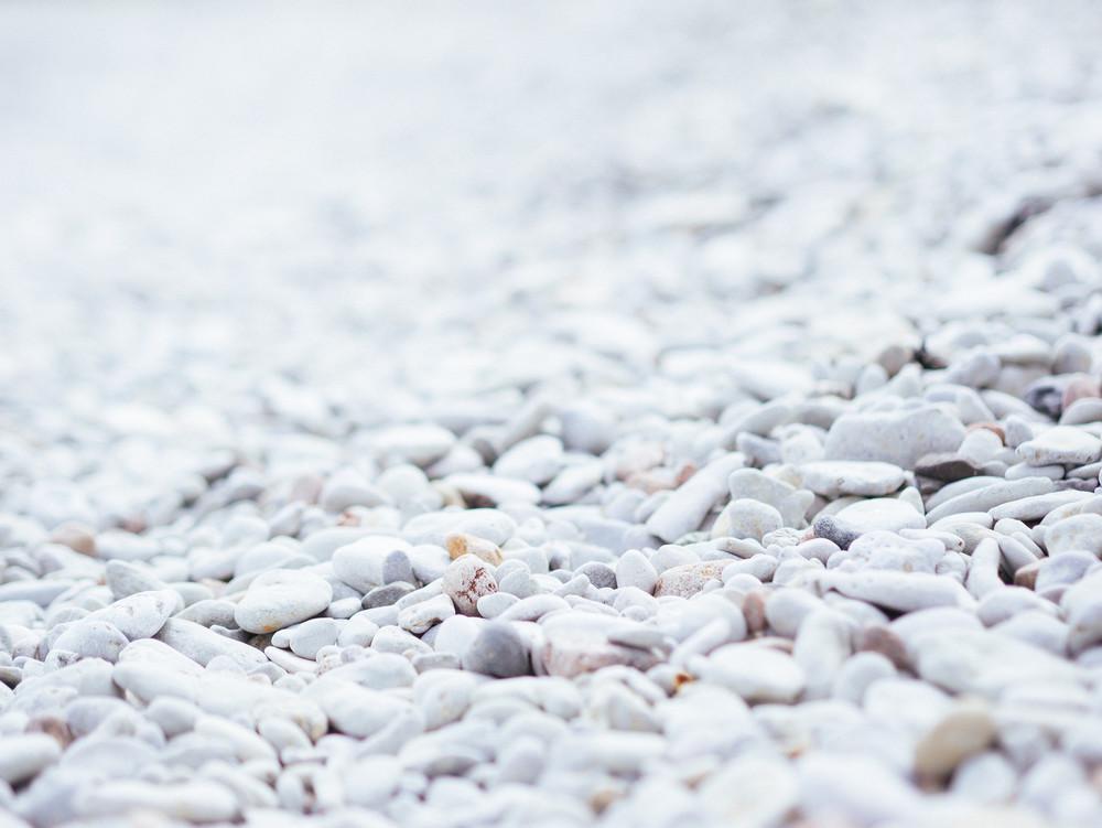 Limestone pebbles 2