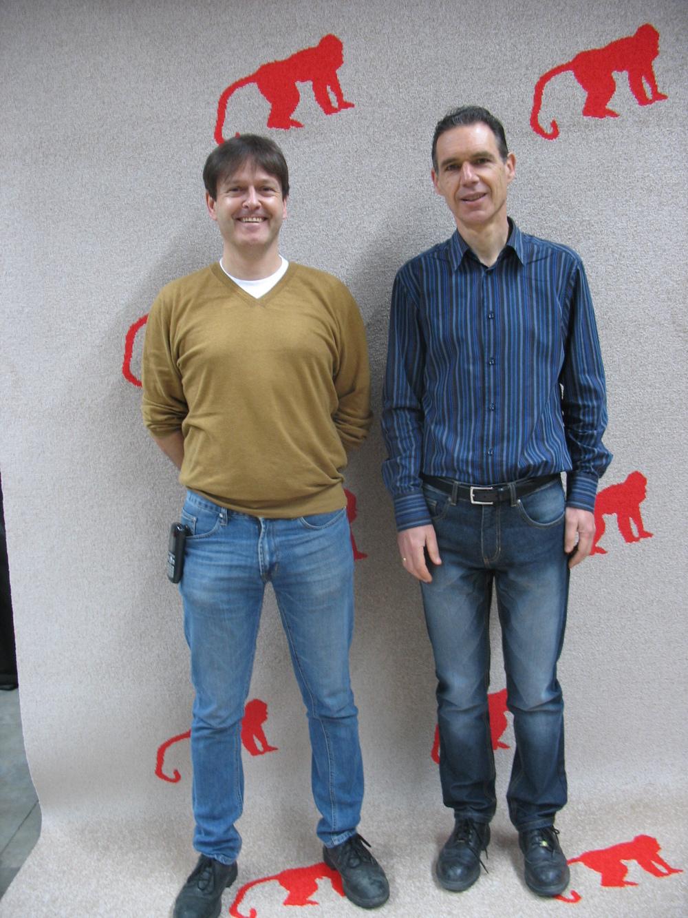 Jim Lippens (links) en zijn collega Marc Verhasselt (plant manager weverij,rechts)