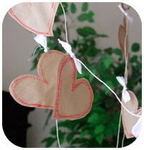 Free Motion Heart Garland