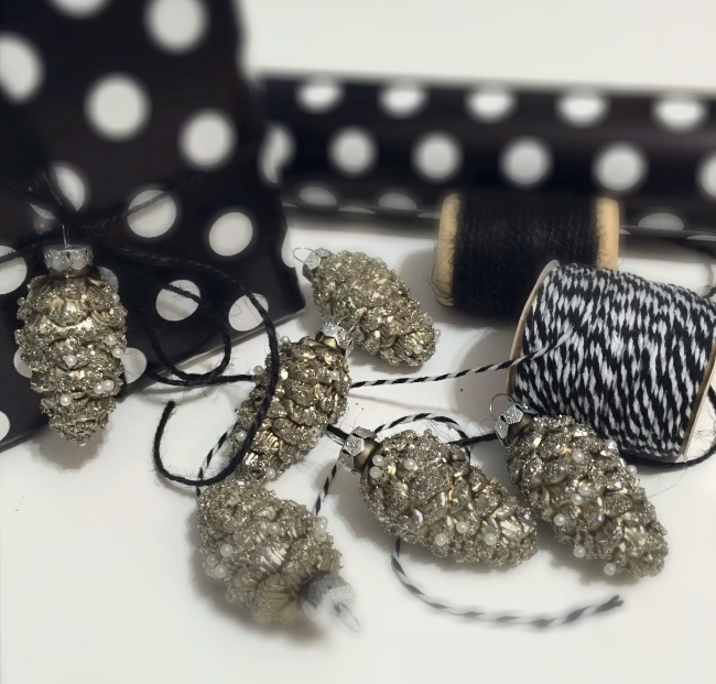 Gift wrapping with Roben-Marie Smith