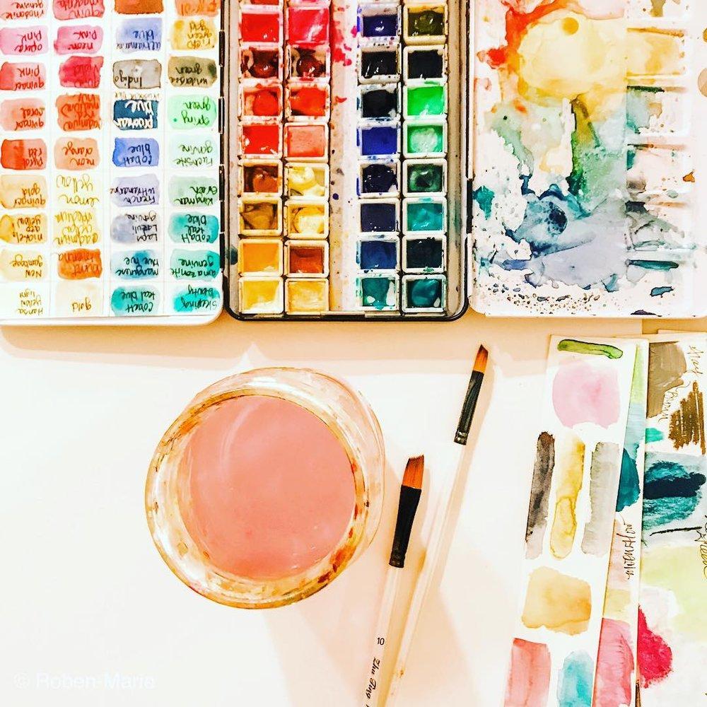 Crushing on These Five Art Supplies article by Roben-Marie Smith #robenmarie #robenmariesmith #artsupplies #watercolors #techsavvyartist @robenmarie