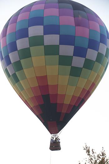10 24 13 raw hot air balloon at catalyst.jpg